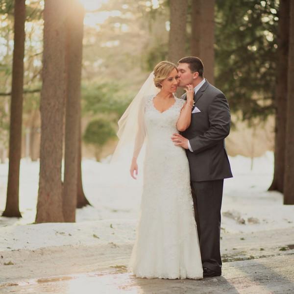 Lisa & Greg's Hall of Springs Wedding Photos