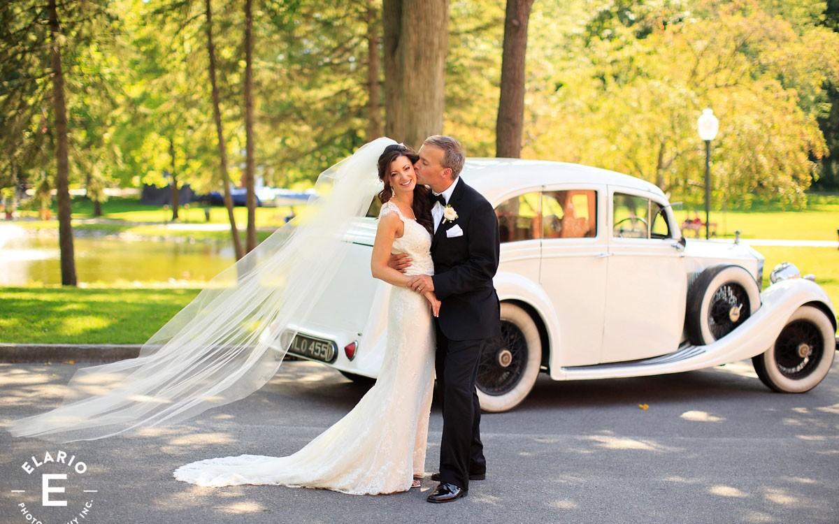 Victoria & Seth's Canfield Casino Wedding Photos