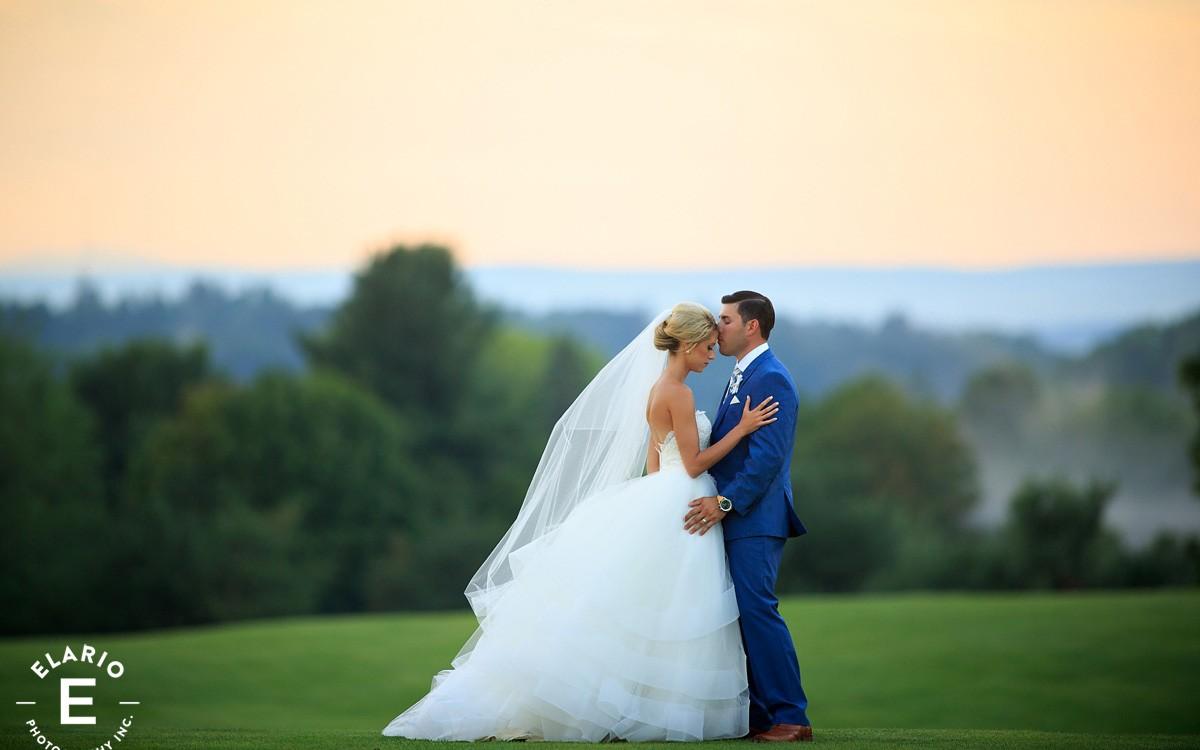 Amanda & Dustin's Troy Country Club Wedding Photos