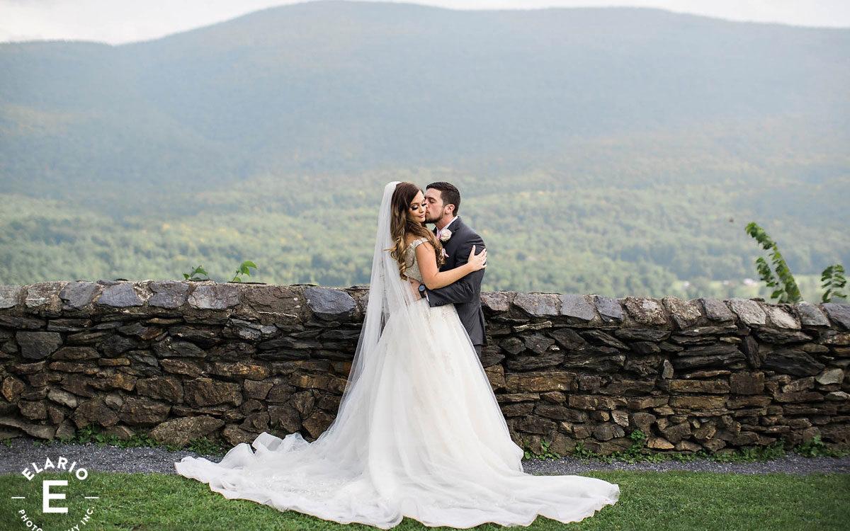 Lindsay & Tyler's Hildene Wedding Photos